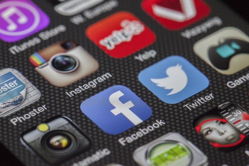 Espiar whatsapp con una app espía