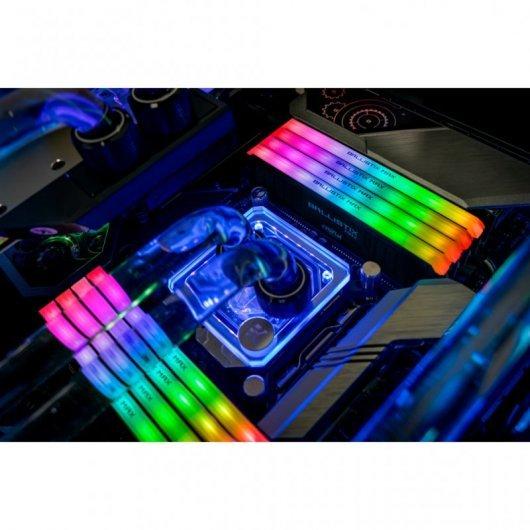 Memoria RAM Crucial Ballistix MAX Black RGB DDR4 32GB (2x16GB) 4000MHz CL18