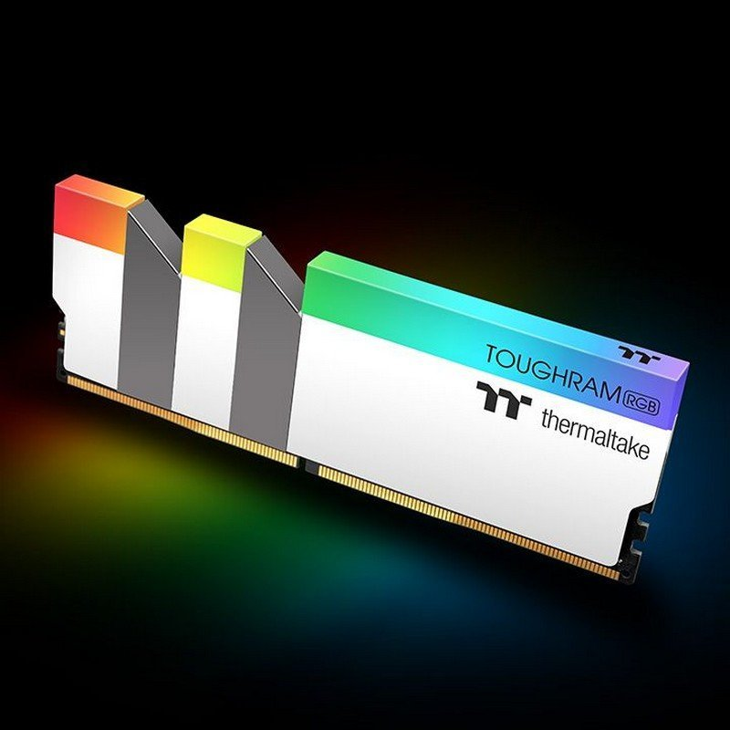 Memoria Thermaltake Toughram White RGB 16GB DDR4 4400MHz CL19 (2x8GB)