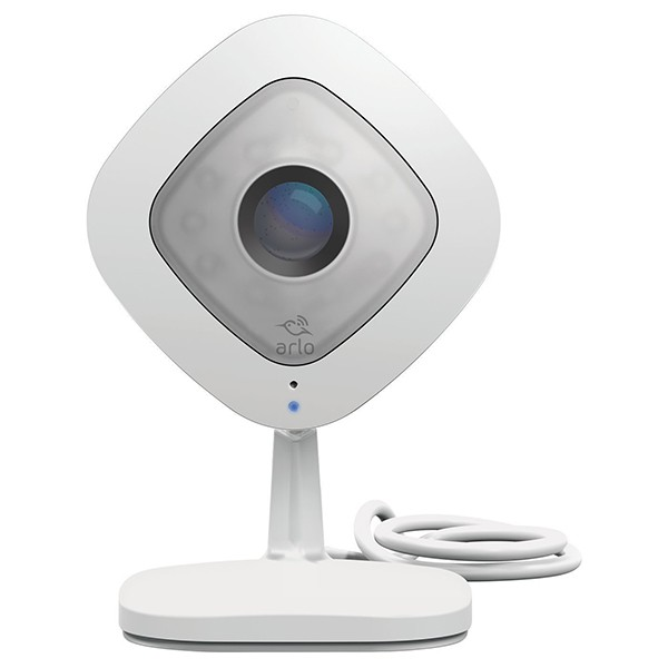 Cámara HD 1080p con Audio Arlo Q VMC3040