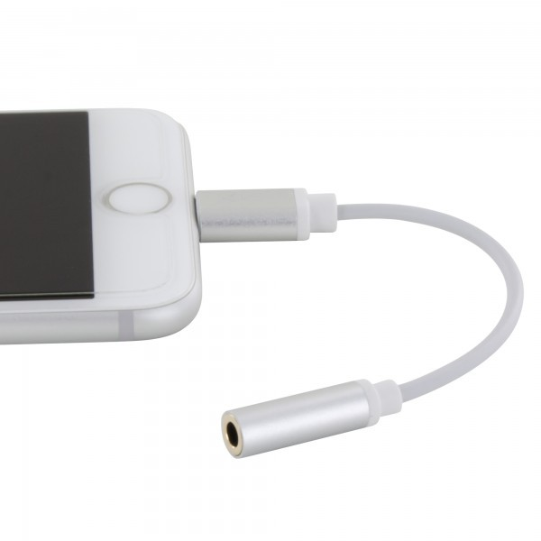 Adaptador Lightning a Aux 3.5 mm Xlayer 214355
