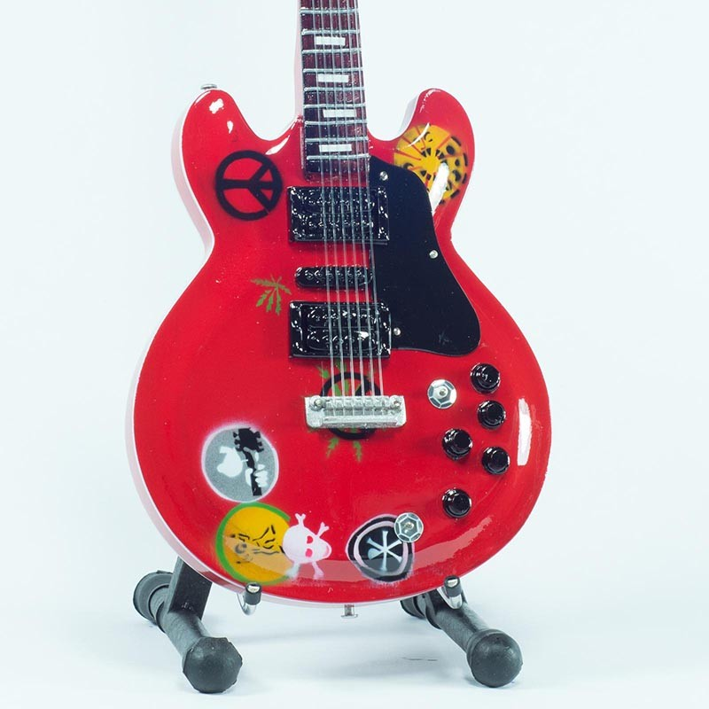 mini-guitarra-de-coleccion-estilo-alvin-lee