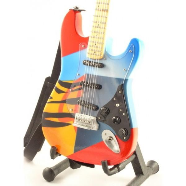 mini-guitarra-de-coleccion-estilo-eric-clapton-crash-3