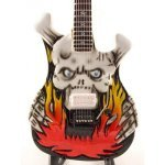 Mini Guitarra De Colección Estilo Lynch Mob - George Lynch - Flaming Skull